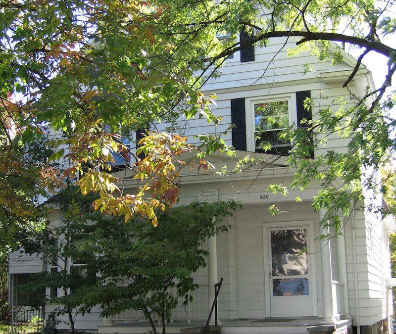 2 bedroom apt. – $1600 – 530 Hill St Apt 1