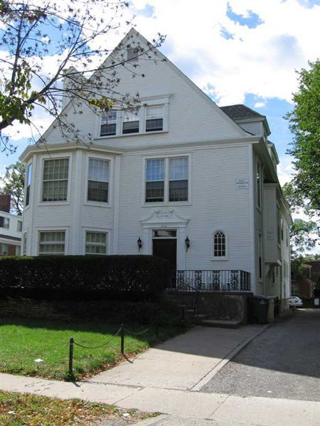 7 bedroom apt. for up to 10 people– $6650-7325 – 826 Tappan Ave Unit D