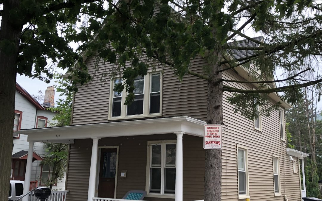 5 bedroom house – $4775 – 711 Oakland Ave